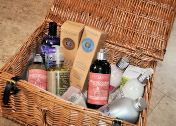 Thank you to the lovely @amelielovesthis on Twitter for the Lovely L'Occitane Basket